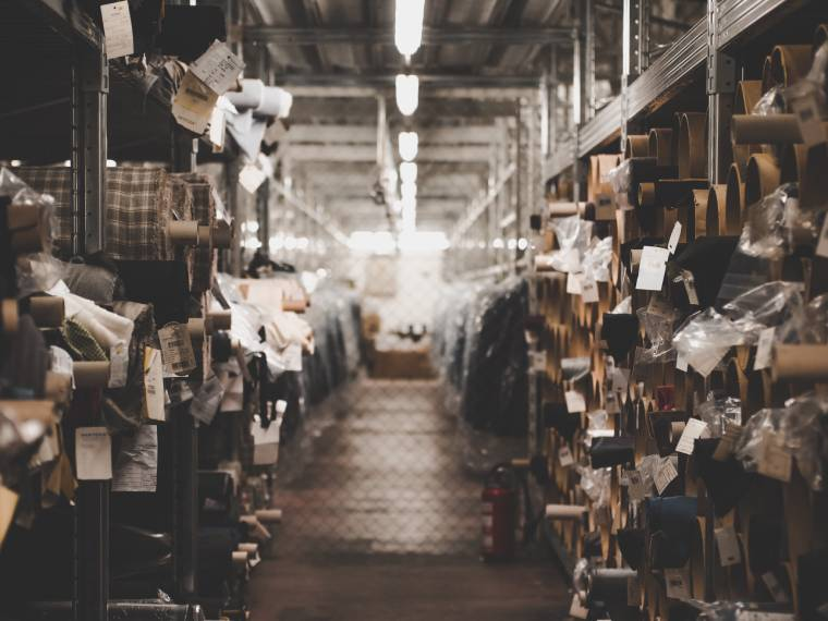 photo of an unorganised warehouse